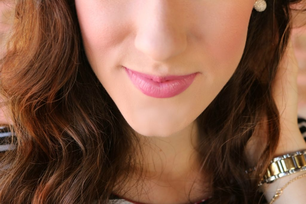 Easy longwear matte daytime summer look with Rimmel on Coming Up Roses
