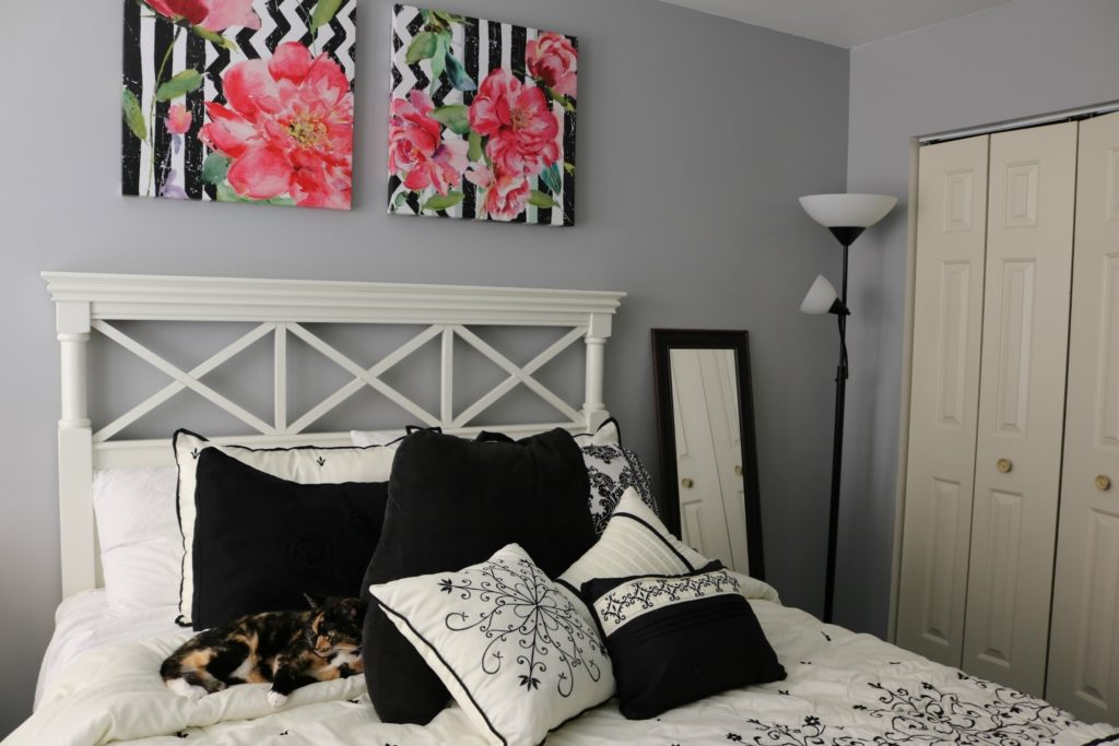 HOUSE TOUR: Guest room decor - with Raymour and Flanigan on Coming Up Rose