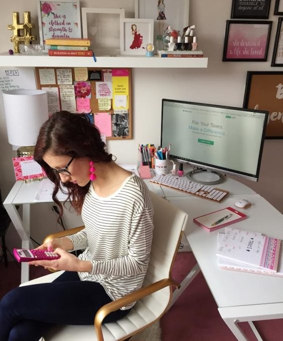 13 Tips for Getting + Staying Productive while Working from Home