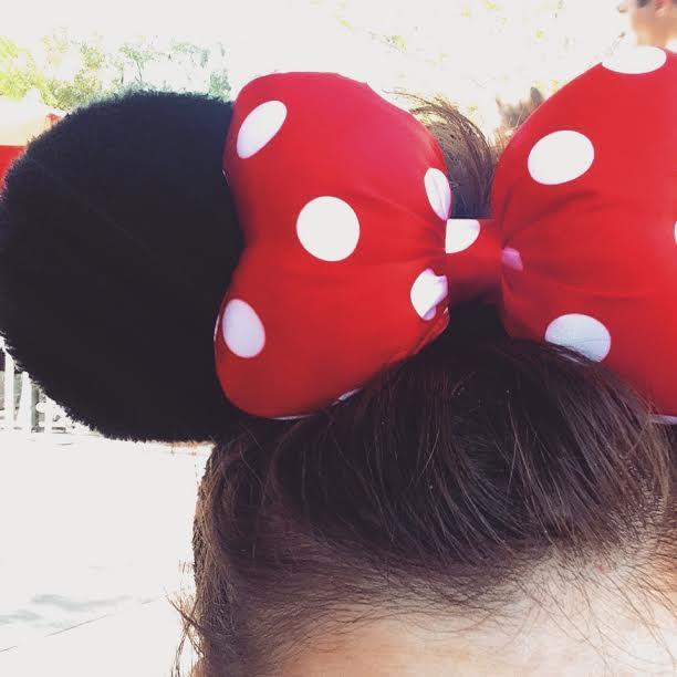 minnie mouse ears disneyland california