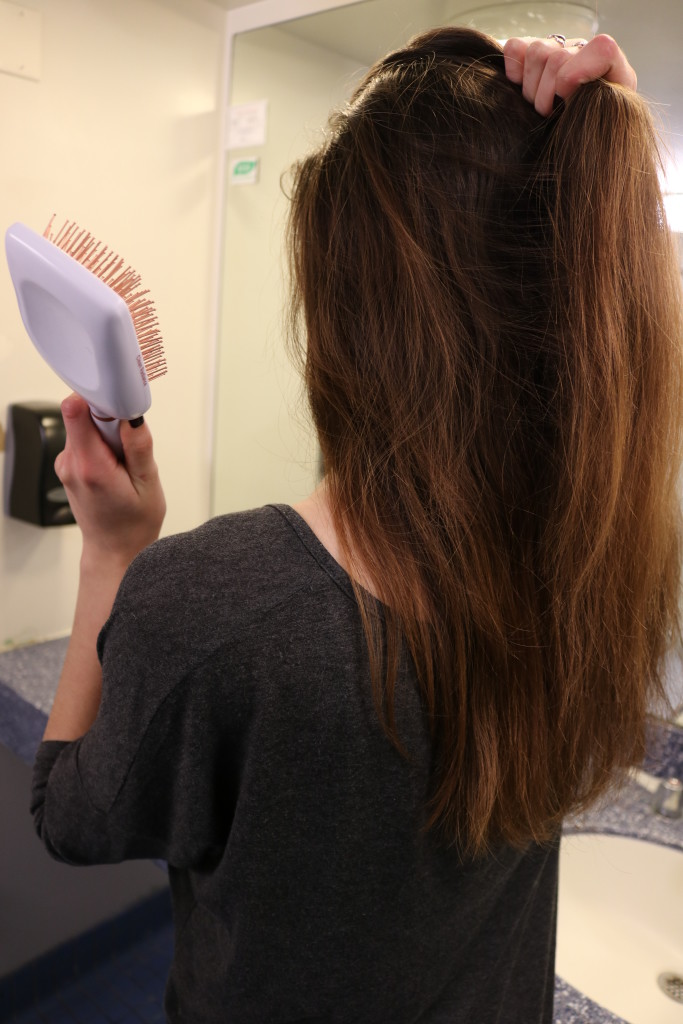 Winter hair care + styling tips with the Goody Clean Radiance hairbrush on Coming Up Roses!
