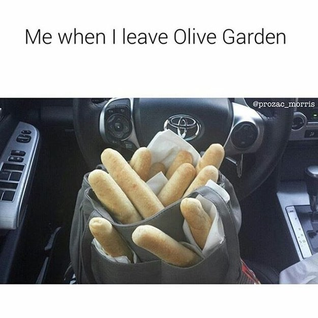 Why we love Olive Garden breadsticks | Links I Love on Coming Up Roses