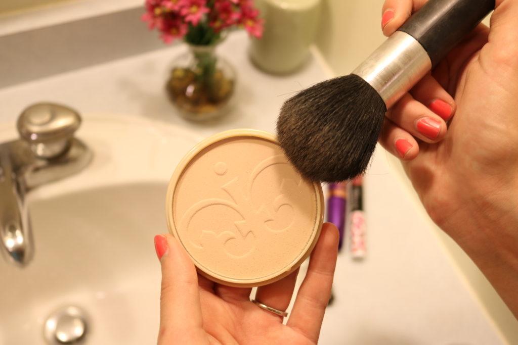 Rimmel Stay Matte Powder - Longwear matte daytime look on CUR
