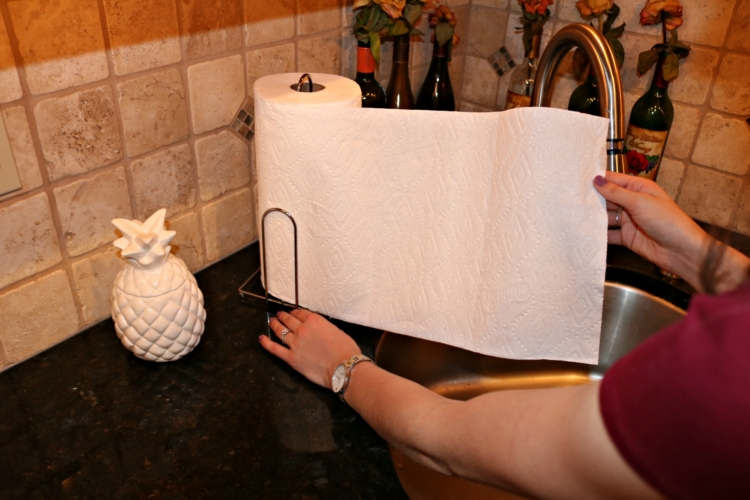 Charmin ® Ultra Strong  and  Bounty ® Select-a-Size - 6 Cleaning Musts for Quick Entertaining on Coming Up Roses