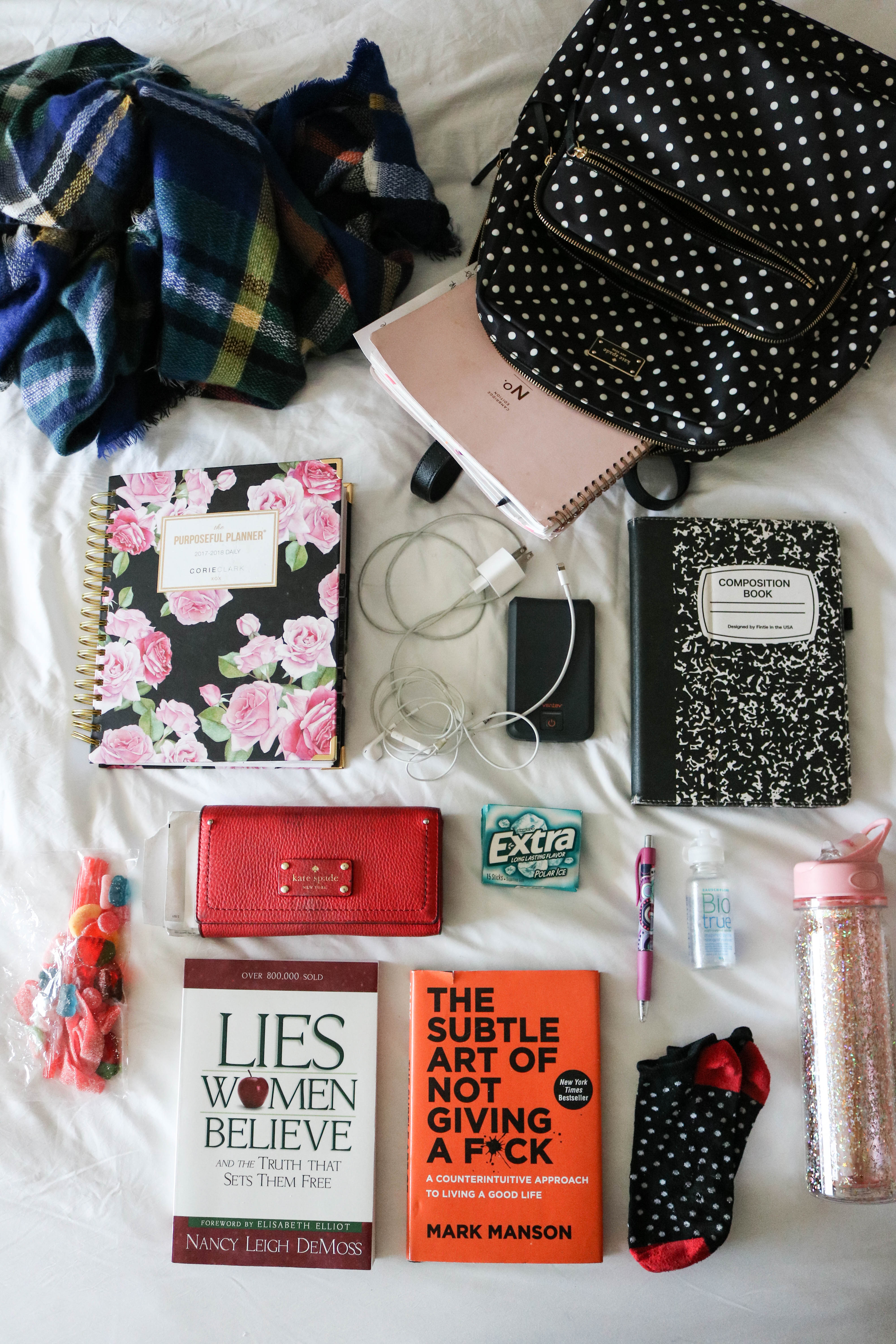 What to Pack in a Carry On (+ what you'll forget, but shouldn't!)