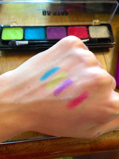 Beauty How-to: Tropical Eyes (+ GIVEAWAY from MaryKay!)