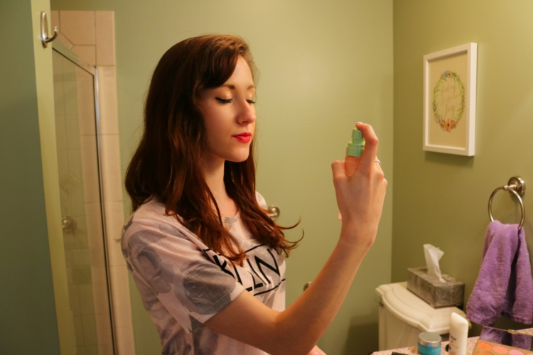 Sweatproof Summer Beauty Routine with Dove on Coming Up Roses - Makeup Fixing Mist