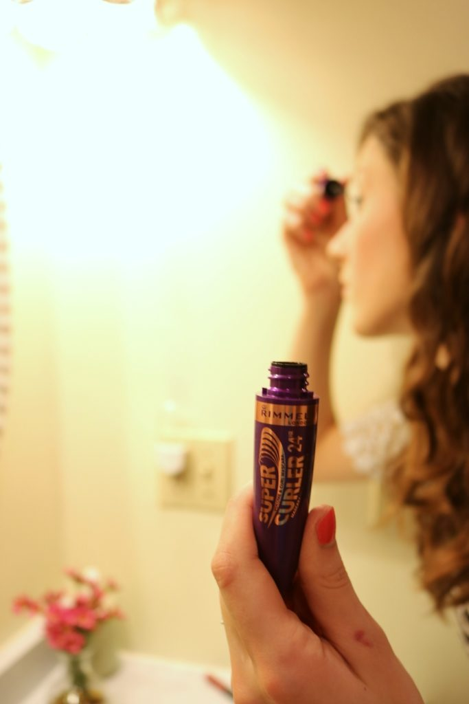 Rimmel SuperCurler Mascara - Longwear matte daytime look on CUR