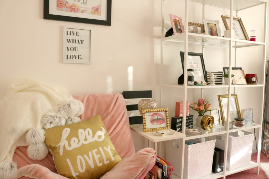 HOME TOUR: My Home Office - Come inside my home office + get inspired by my home office decor, on Coming Up Roses - Home Office Decor Ideas by popular Philadelphia lifestyle blogger Coming Up Roses