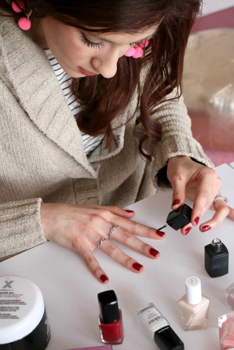 How to Give Yourself a Manicure: Best Self Manicure Tips