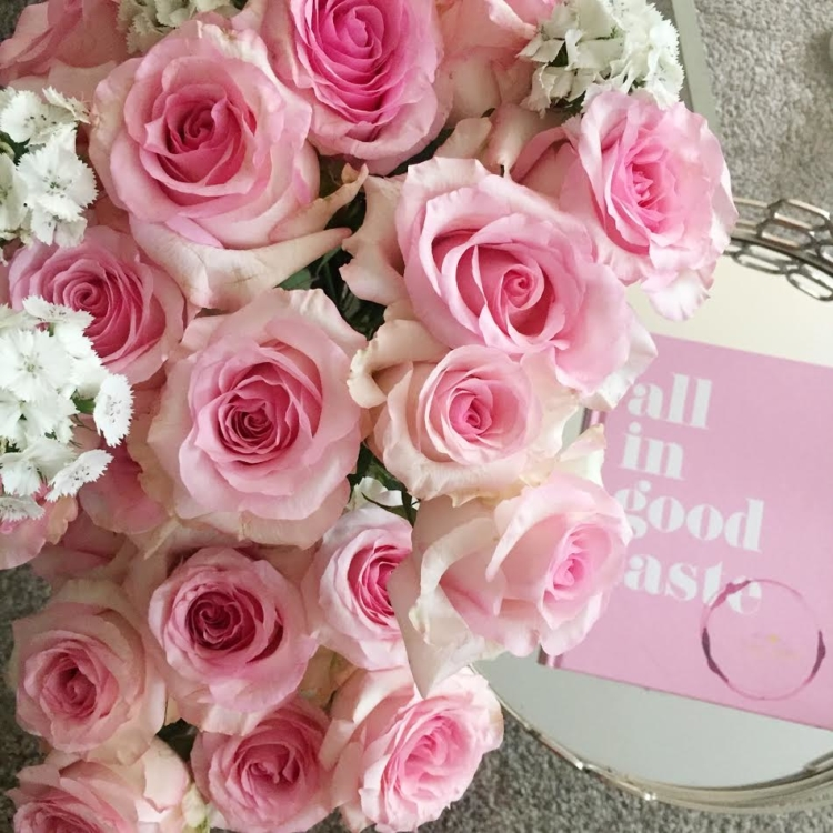 Pink Roses from Bouqs - Instagram Algorithm Talk by popular Philadelphia blogger and influencer Coming Up Roses