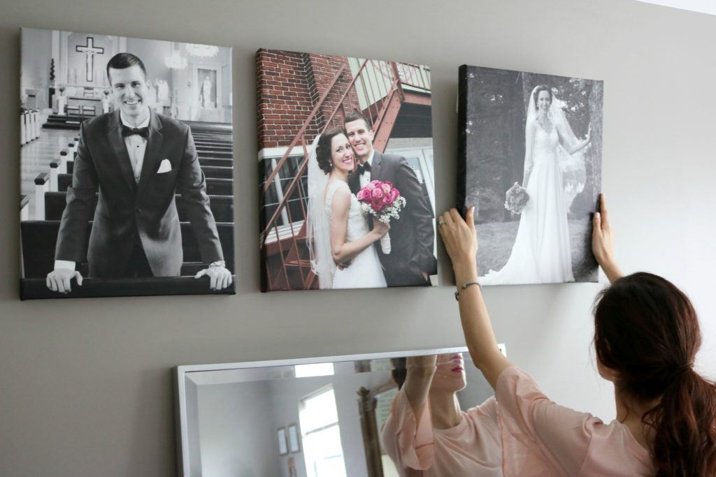 how to master your gallery walls shutterfly coming up roses