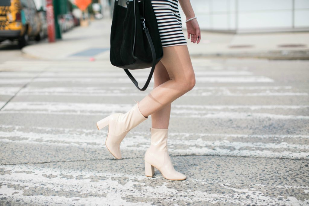 Black and White Striped Dress - Fifteen Favorites on Coming Up Roses