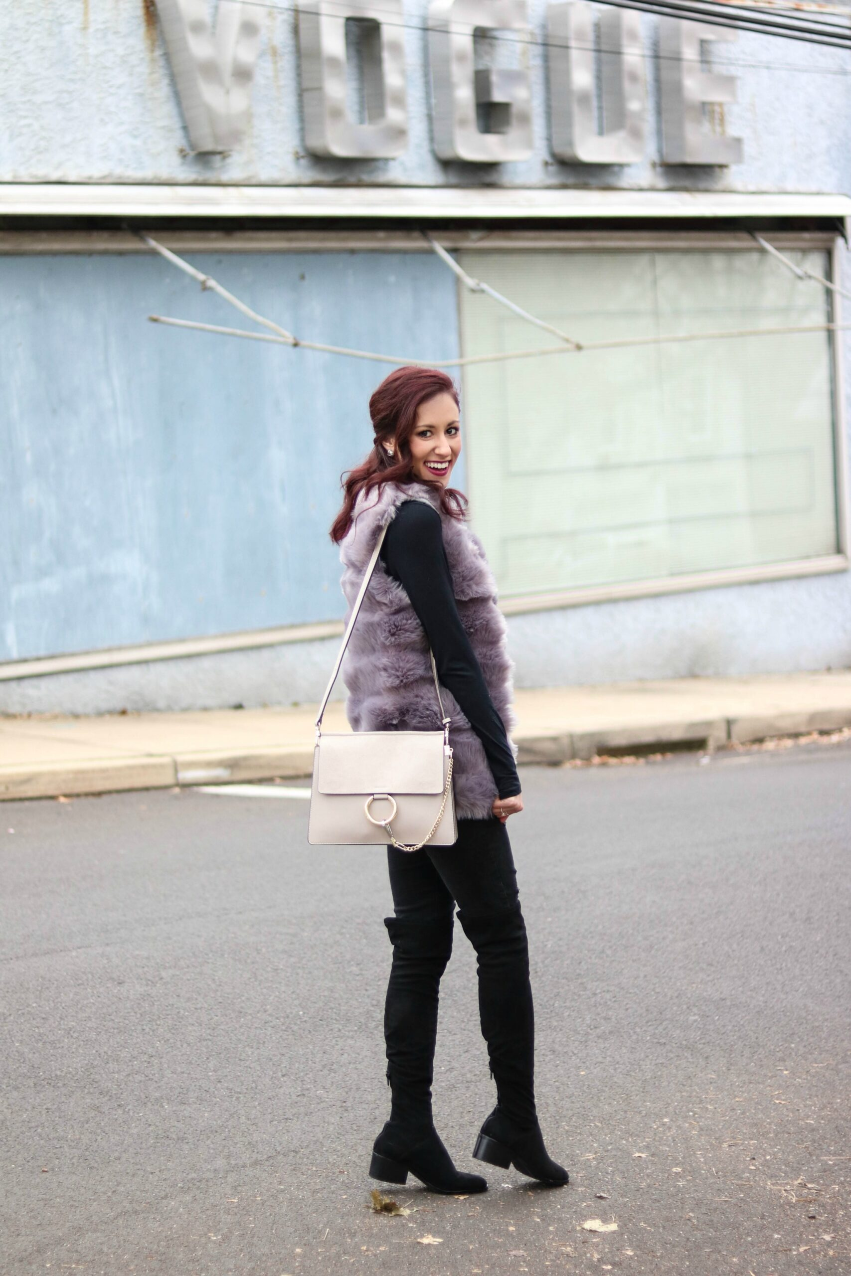 How to Layer in Winter without Looking Bulky (CHIC Winter Layering 101!)