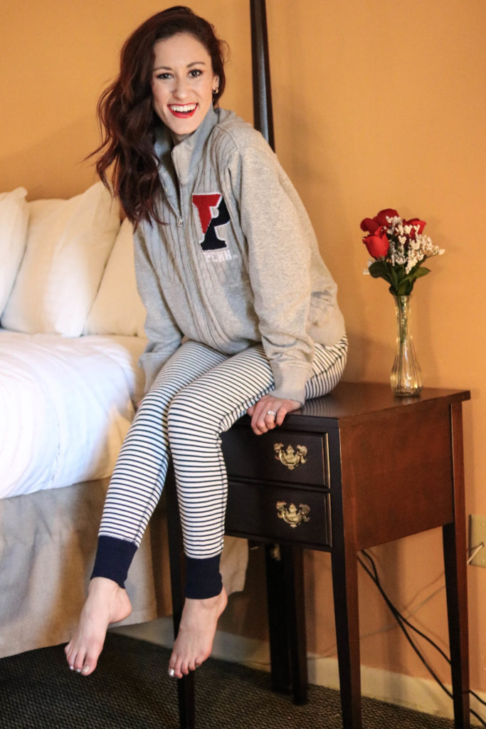 My Top 5 COZY AF pants - the best cozy leggings! - My Top 5 Favorite COZY Pants by popular Philadelphia Coming Up Roses
