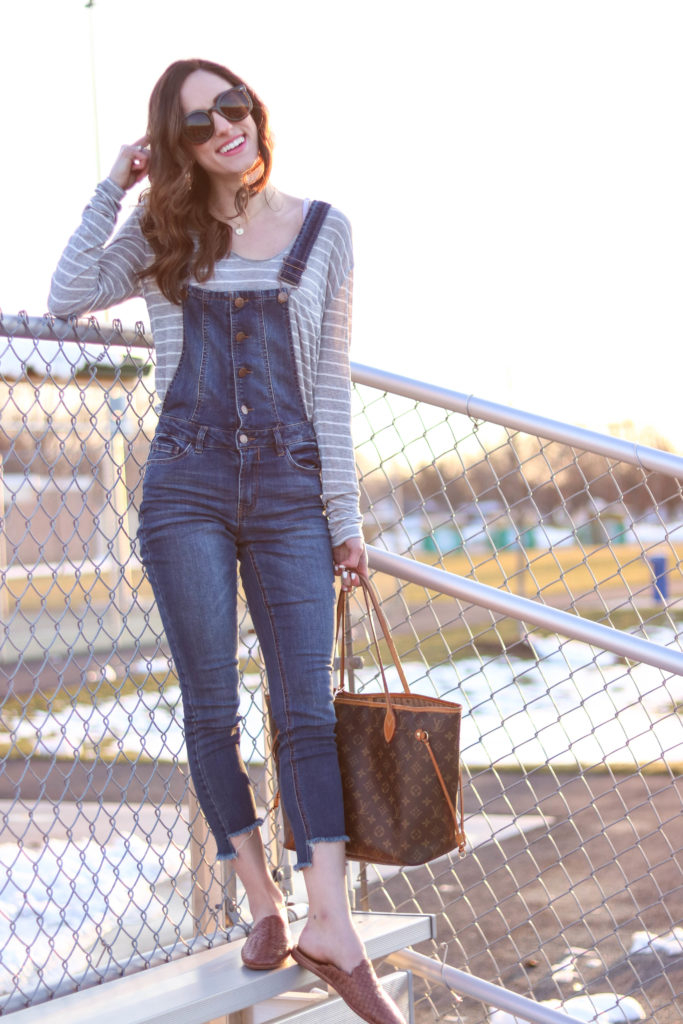 Trend to Try: Overalls - How to wear Overalls , on Coming Up Roses - Trend to Try: DENIM OVERALLS by popular Philadelphia style blogger Coming Up Roses