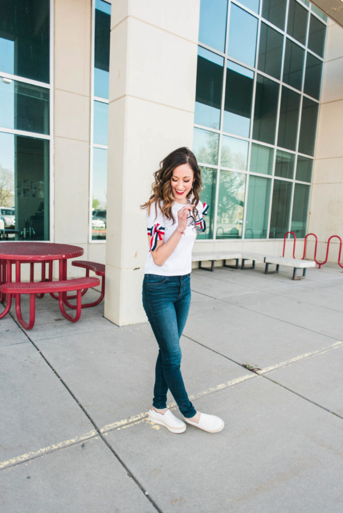 Want the best jeans that won't break the bank? Bookmark this post! Philadelphia style blogger, Erica from Coming Up Roses shares a list of the best jeans under $100!