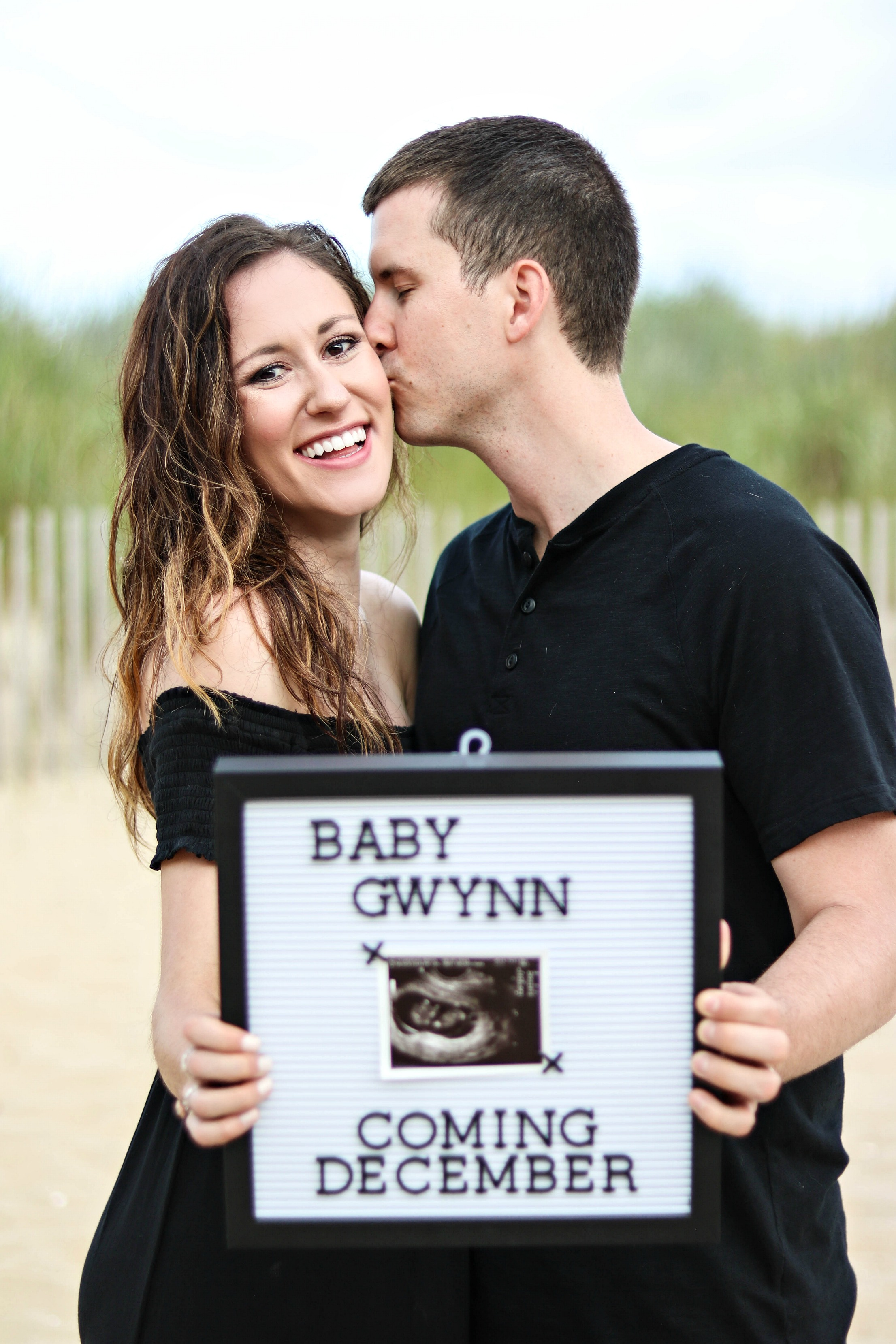 The Secret's Out! Philadelphia lifestyle blogger, Erica of Coming Up Roses, shares their first pregnancy announcement on the blog.