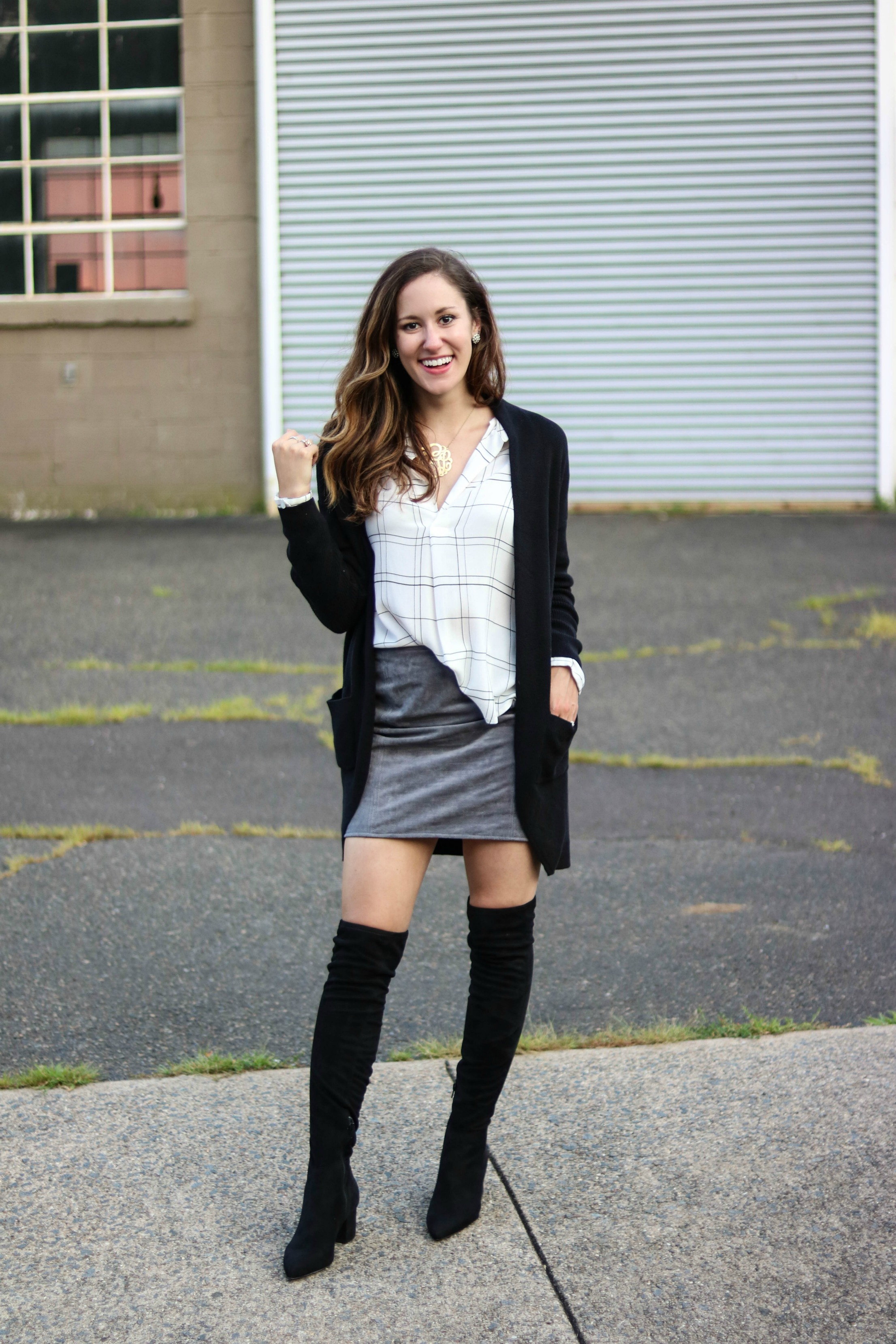 The Nordstrom Anniversary Sale 2018 has BEGUN! Come shop with Philadelphia style blogger, Erica of Coming Up Roses, as she shares what she's picked up so far and 9 fully styled looks with NSale pieces! SHOP NOW before the best stuff sells out!