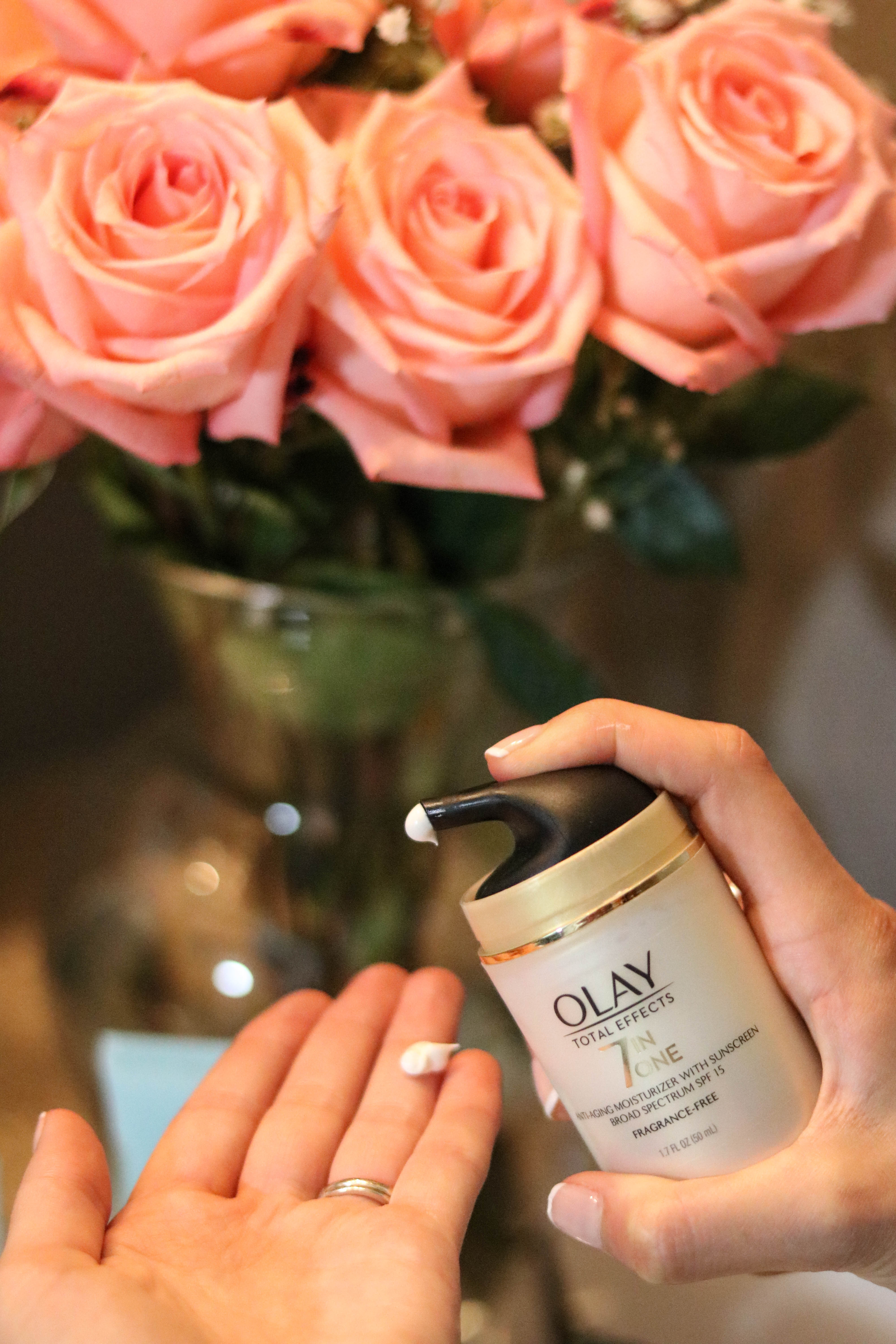 Glow, Baby, Glow! Sharing my Glow-Ready Pregnancy Skincare Routine with Olay after 28 day effects of a consistent morning + nighttime pregnancy skincare routine.