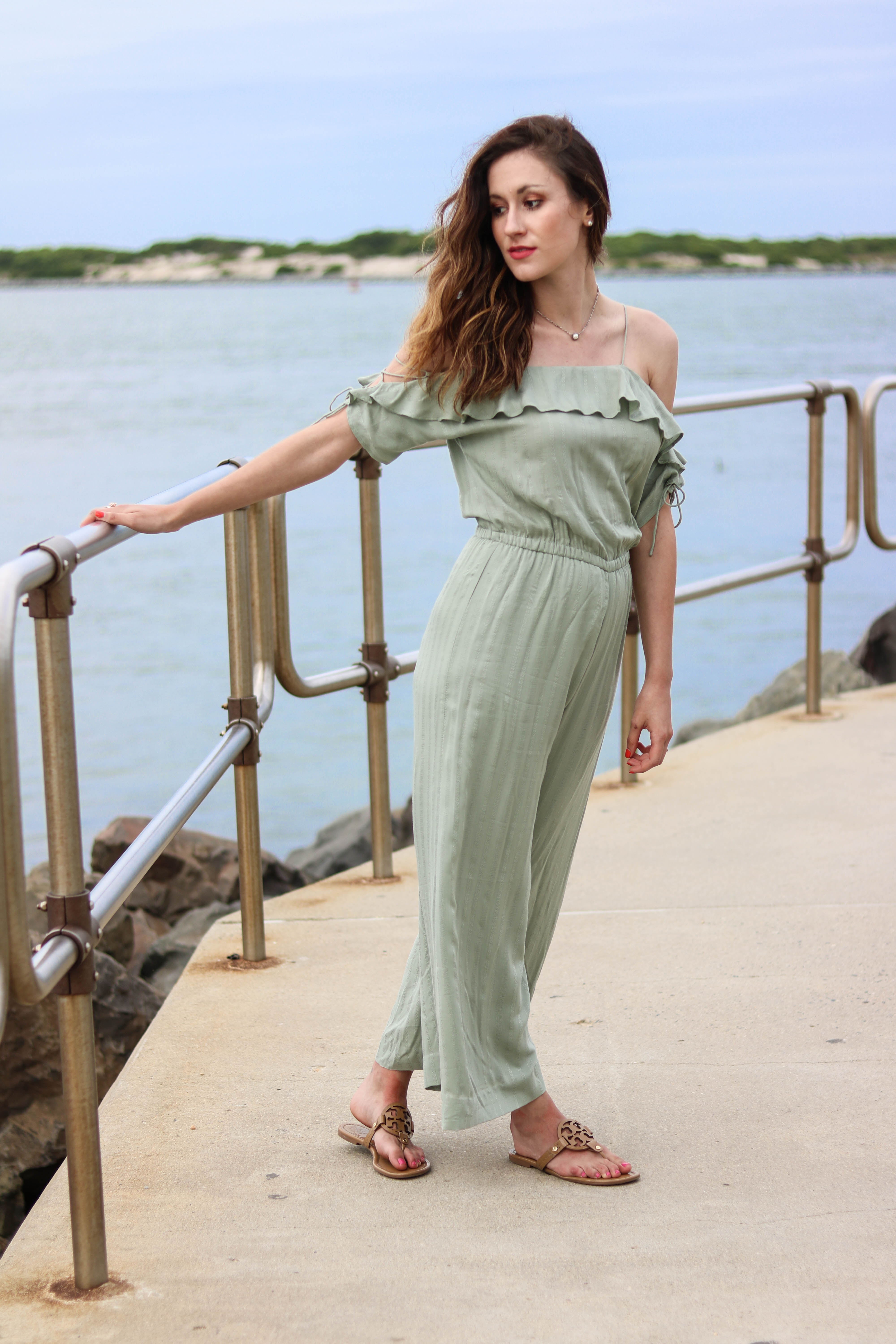CURRENTLY...(+ Q3 PLAYLIST) - A ruffle jumpsuit + what's happening CURRENTLY, on Coming Up Roses