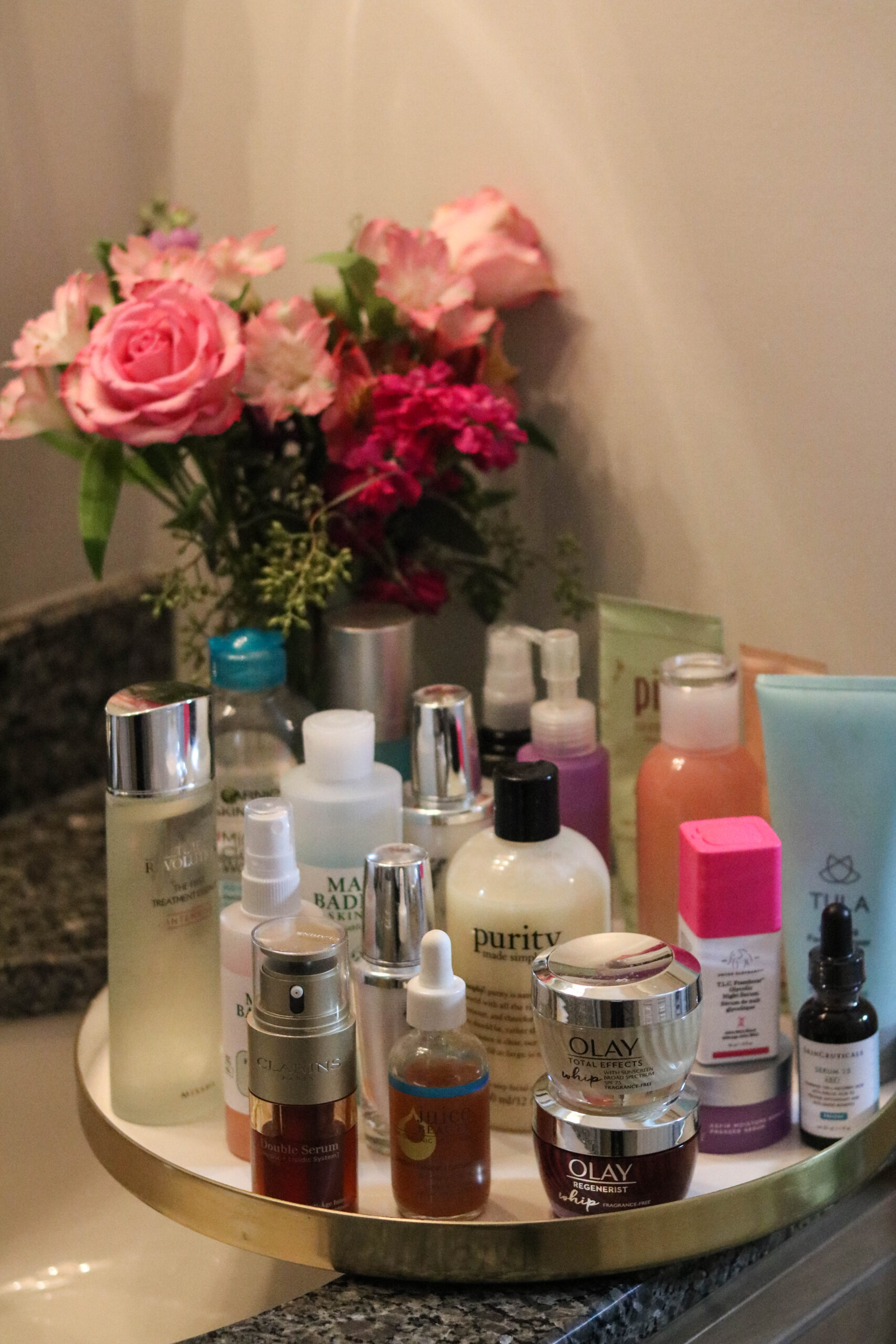 Here's the *actually* correct order to apply your skincare products :