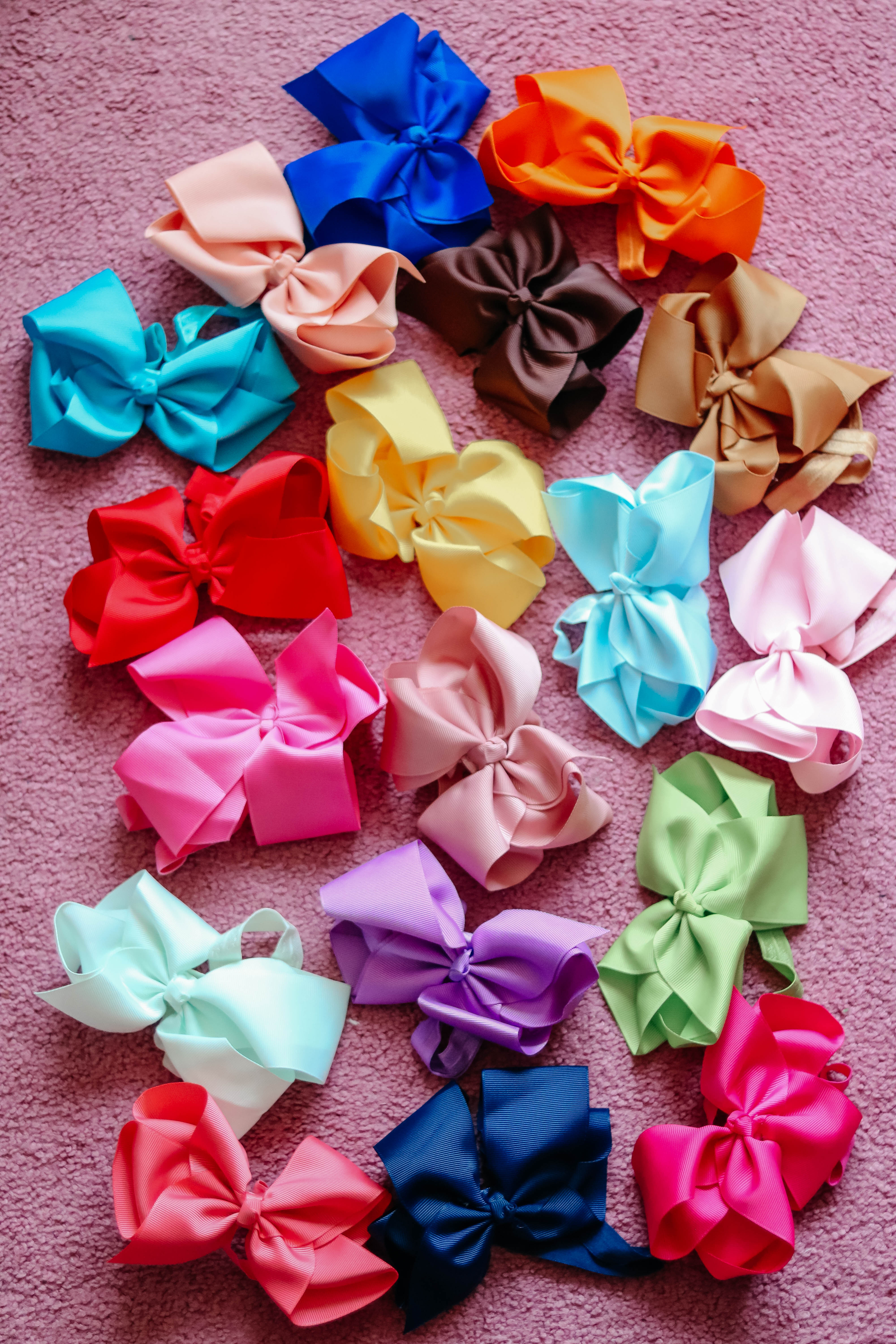 Best baby bows on Amazon - Cool Sh*t I Lovelovelove - Monthly Favorites on Coming Up Roses