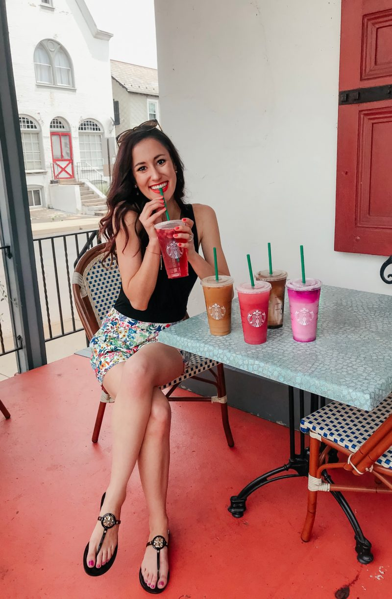 5 Refreshing Starbucks Orders - Yummy drinks for summer, and how to specifically ask for them at Starbucks! on Coming Up Roses