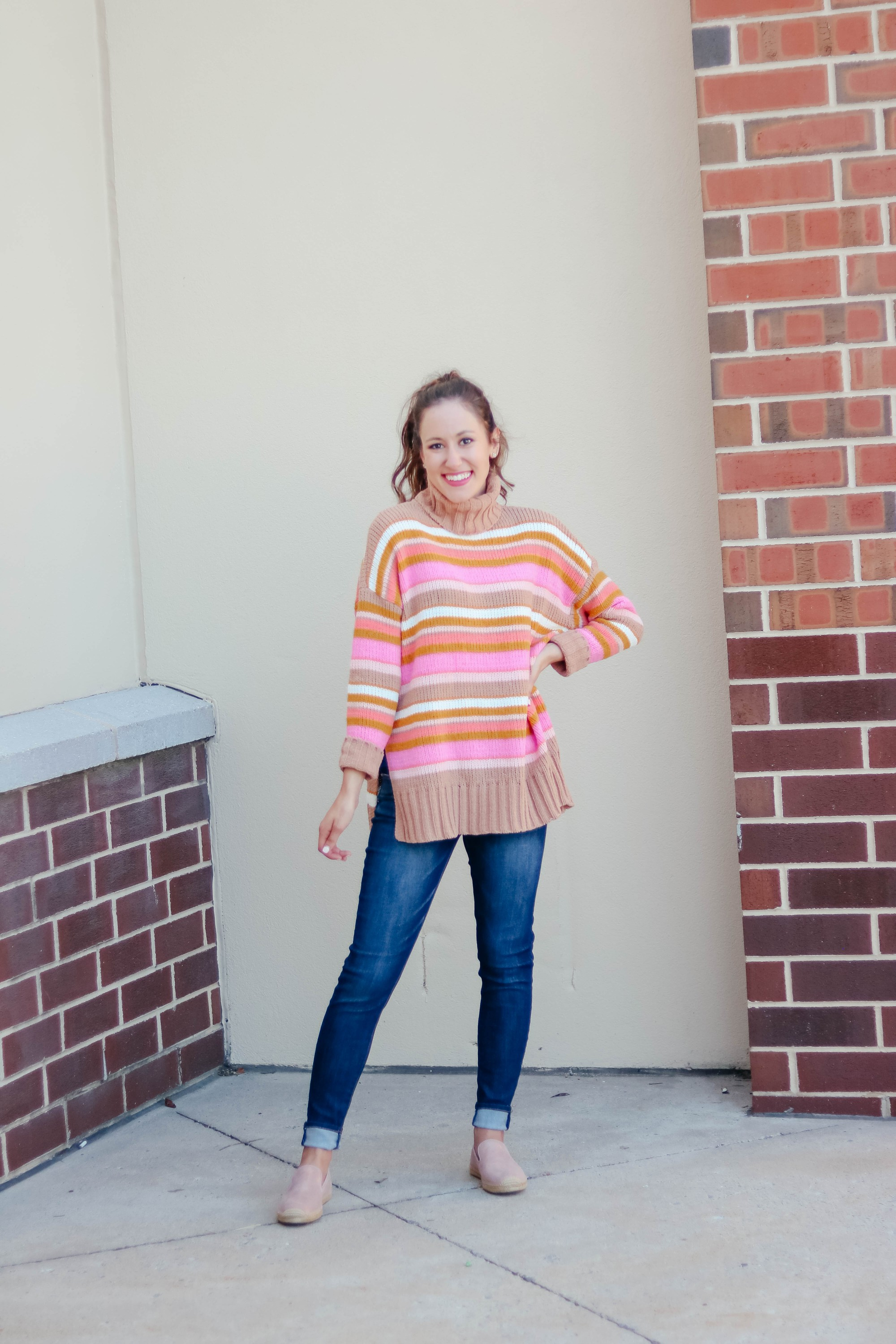 Chenille Aerie sweater ON SALE and easy fall outfit in the latest #AskE Q&A post on Coming Up Roses