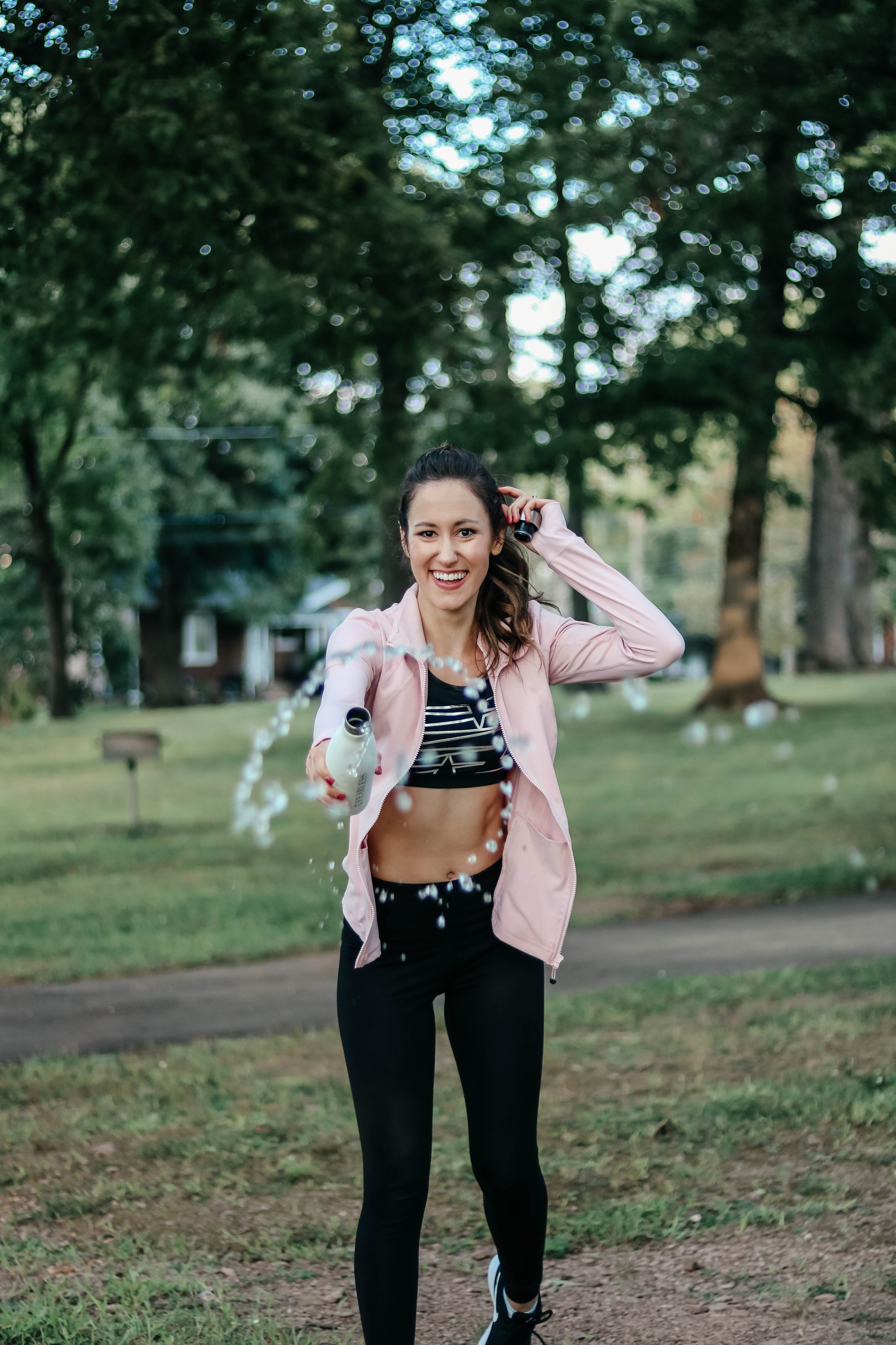 The BEST in Amazon Activewear - 20+ of the highest-rated workout clothes on Amazon - on Coming Up Roses