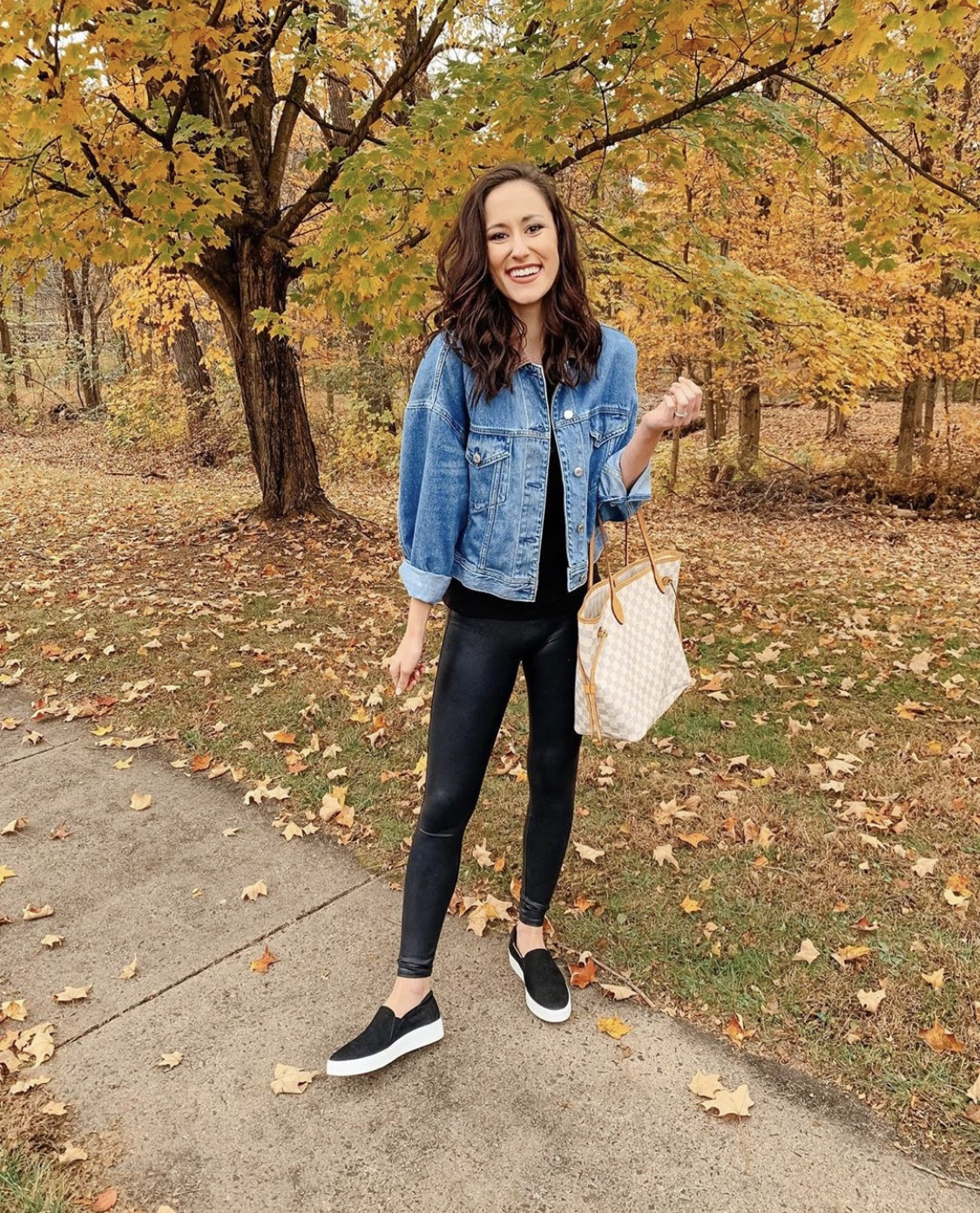 SPANX LEATHER LEGGINGS OUTFIT ON SALE - Instagram Roundup + CYBER MONDAY SALES on Coming Up Roses