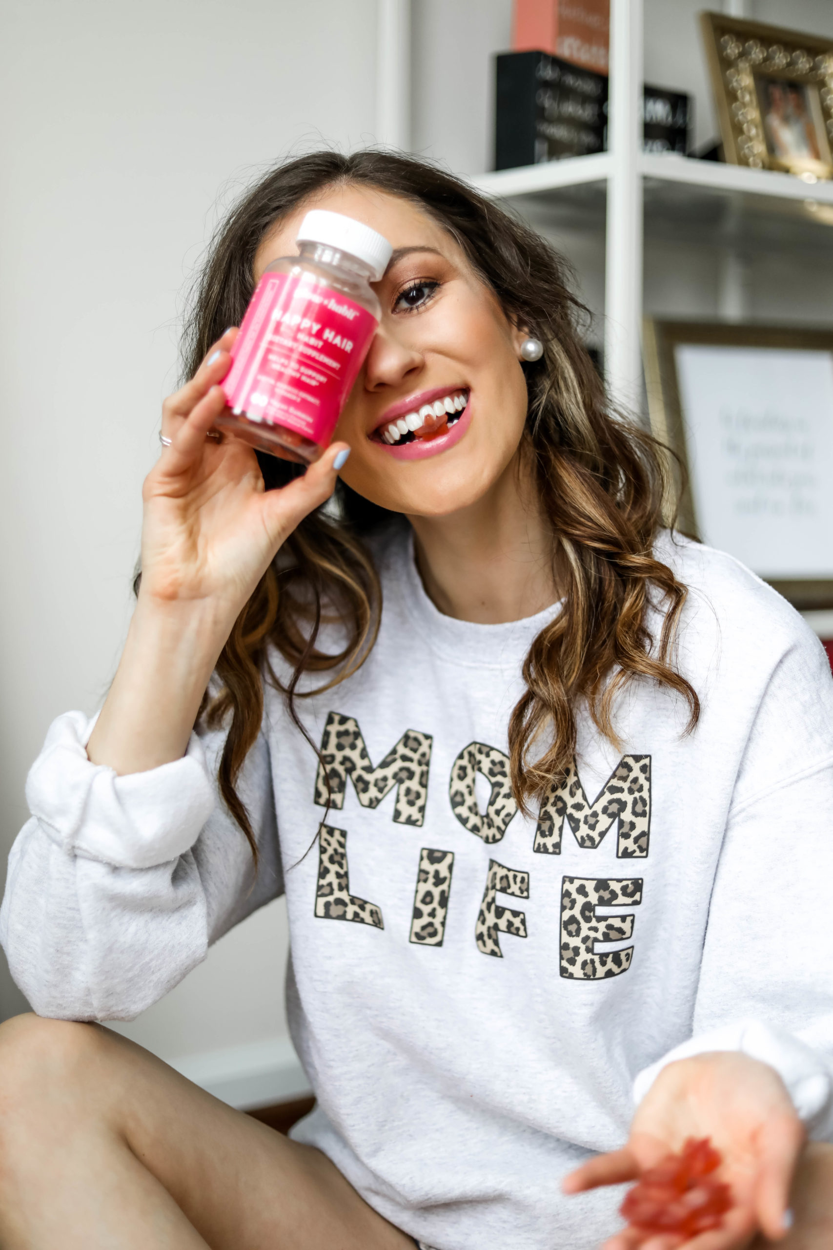 COOL SH*T I LOVELOVELOVE - Monthly Favorites on Coming Up Roses -Glow Habir Happy Hair vitamins