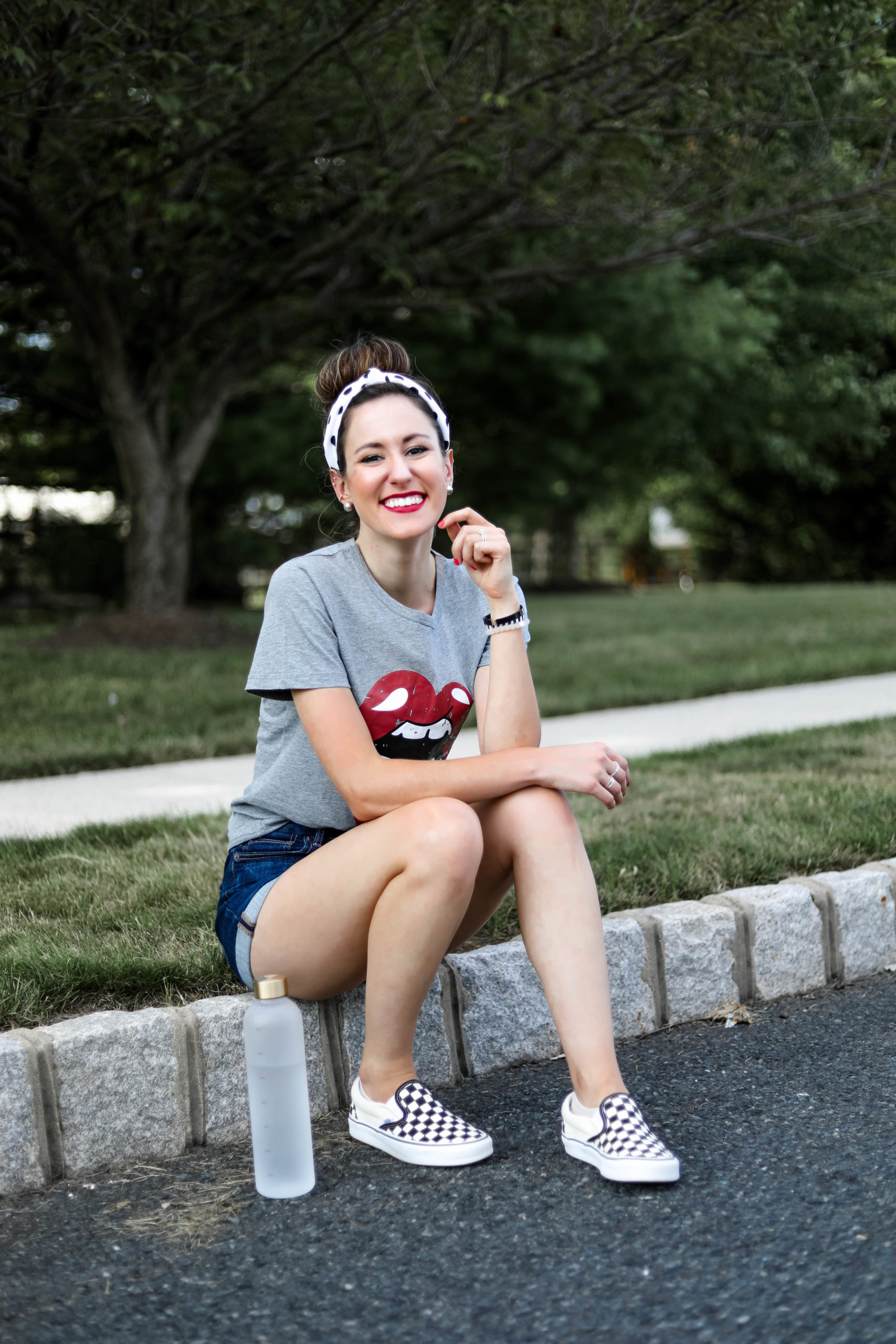 Rolling Stones tongue t-shirt OOTD with American Eagle jean shorts and checkered vans - #AskE Q&A post on Coming Up Roses