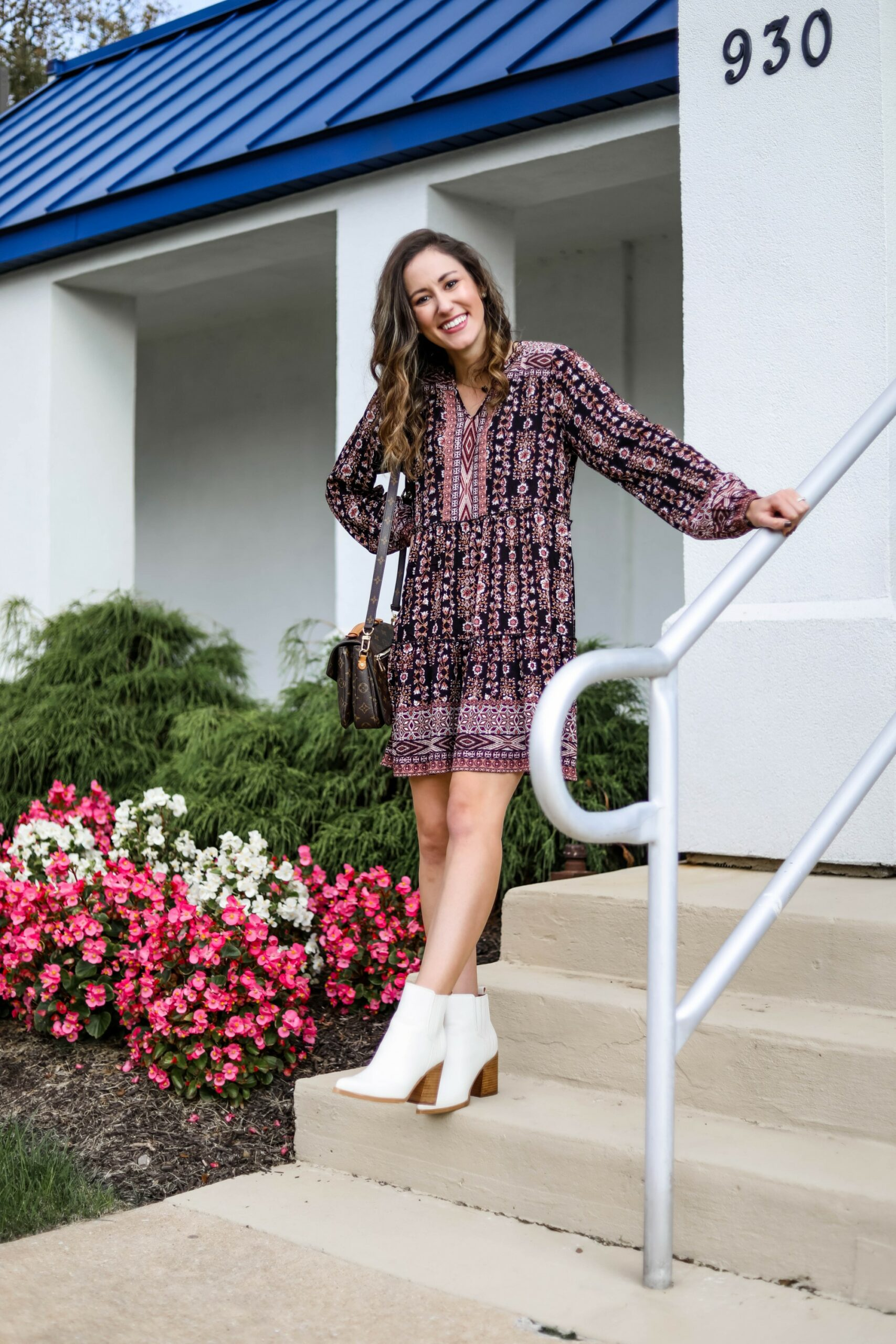 Fall dress outfit idea - on Coming Up Roses