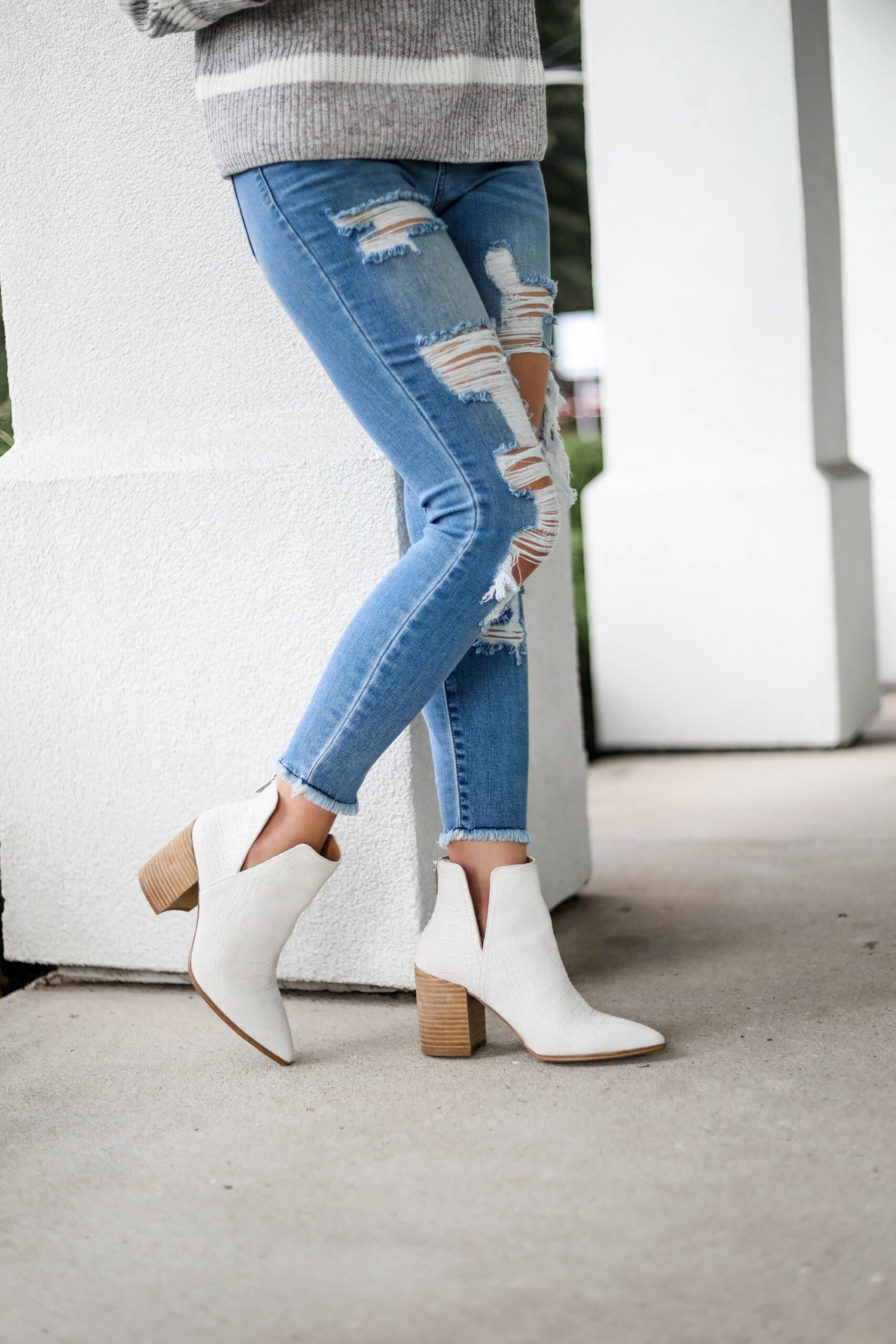 White Steve Madden booties outfit - on Coming Up Roses