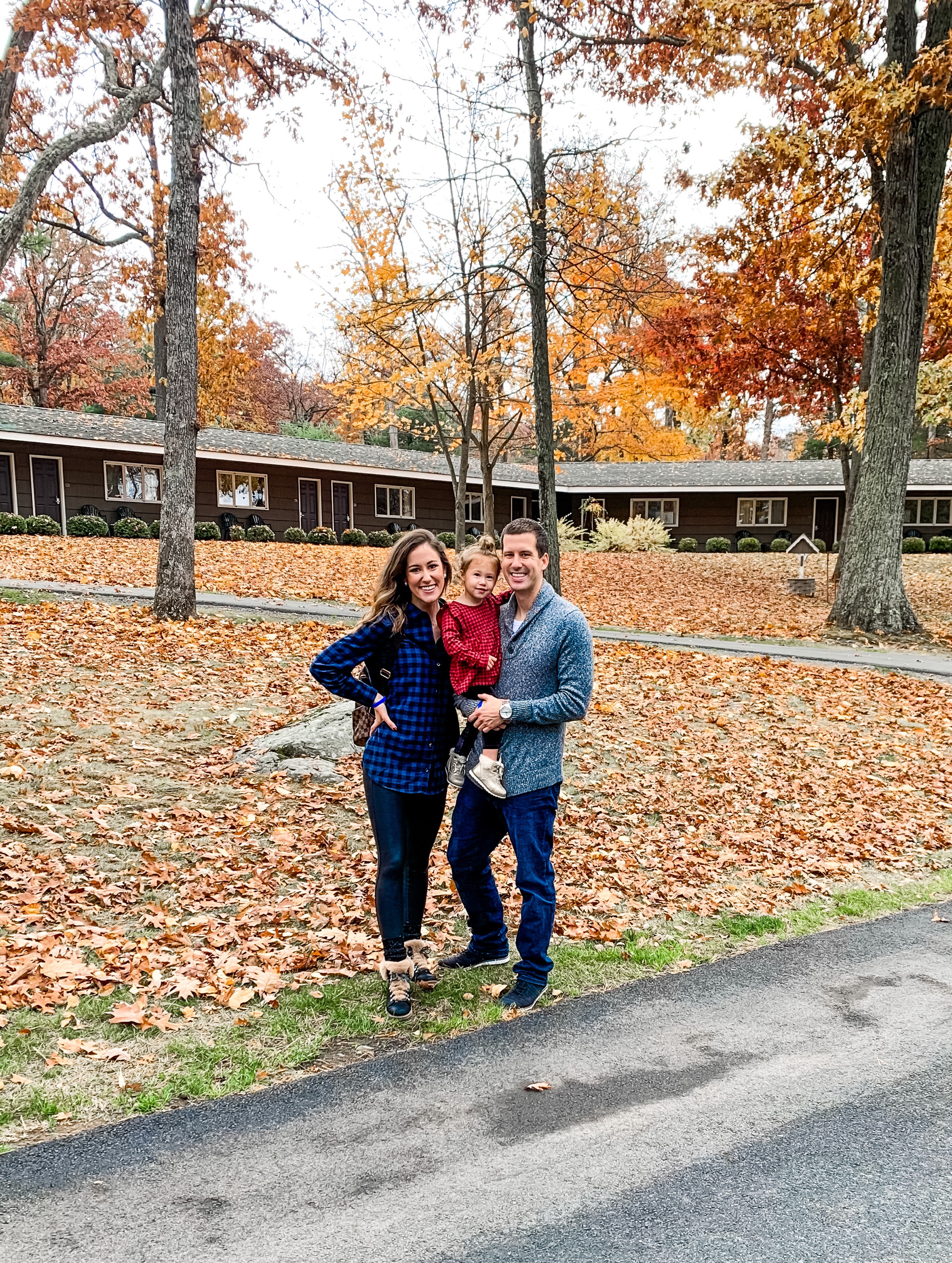 THE WOODLOCH RESORT - Resort Review + Trip Recap on Coming Up Roses