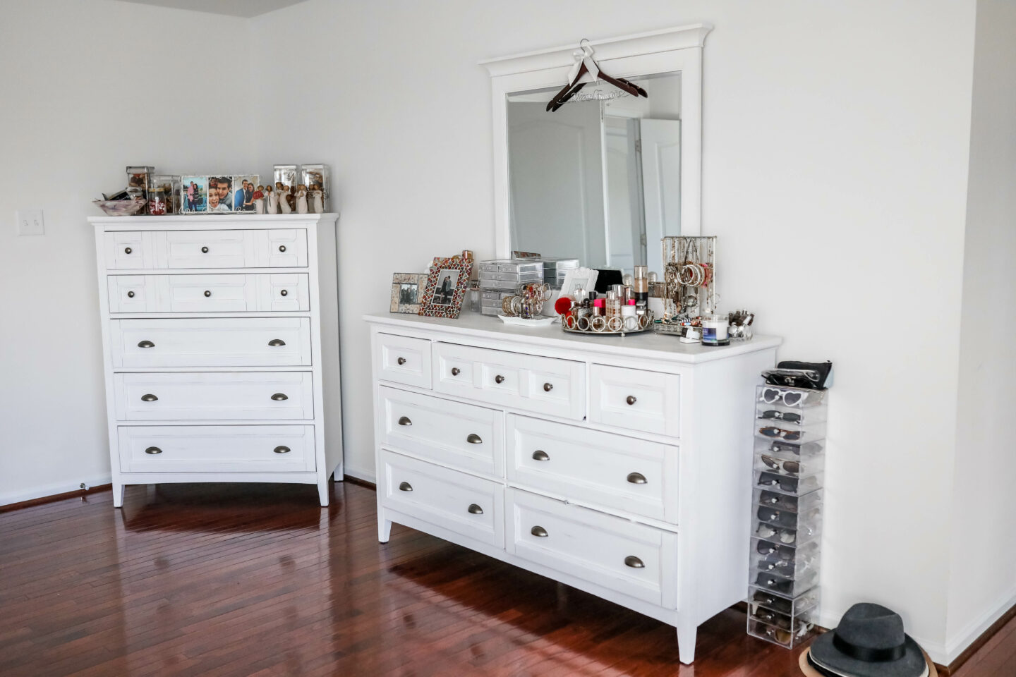 WHITE MASTER BEDROOM SET- with Raymour & Flanigan on Coming Up Roses