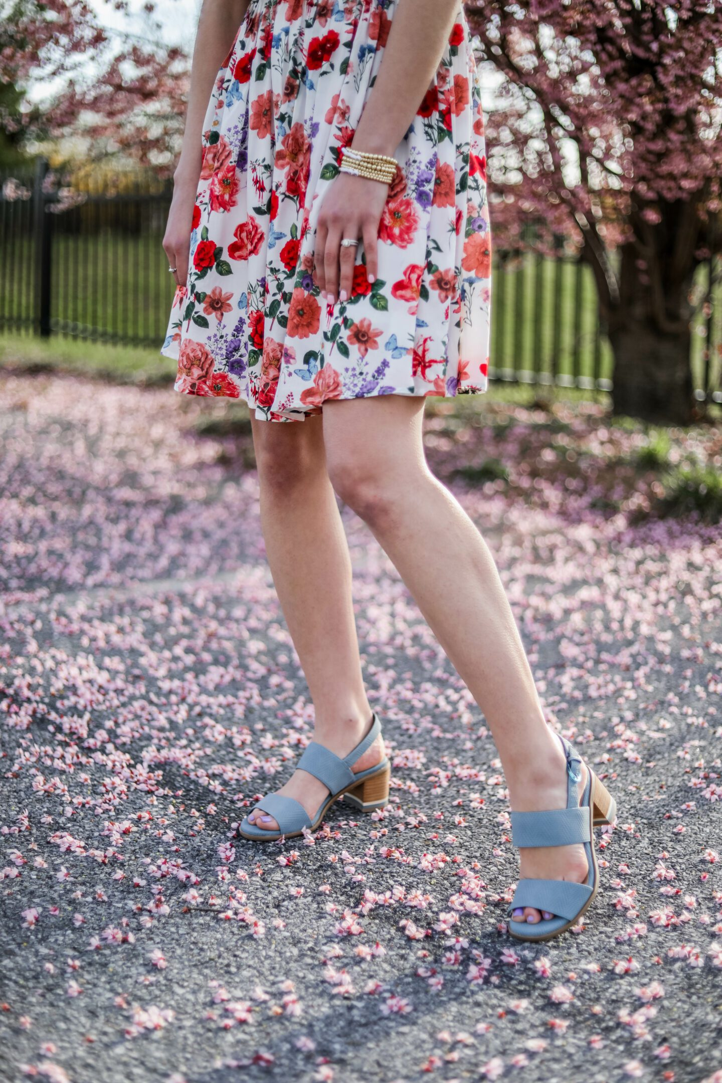 $28 FLORAL DRESS - affordable amazon dress that is SO BEAUTIFUL! - on Coming Up Roses