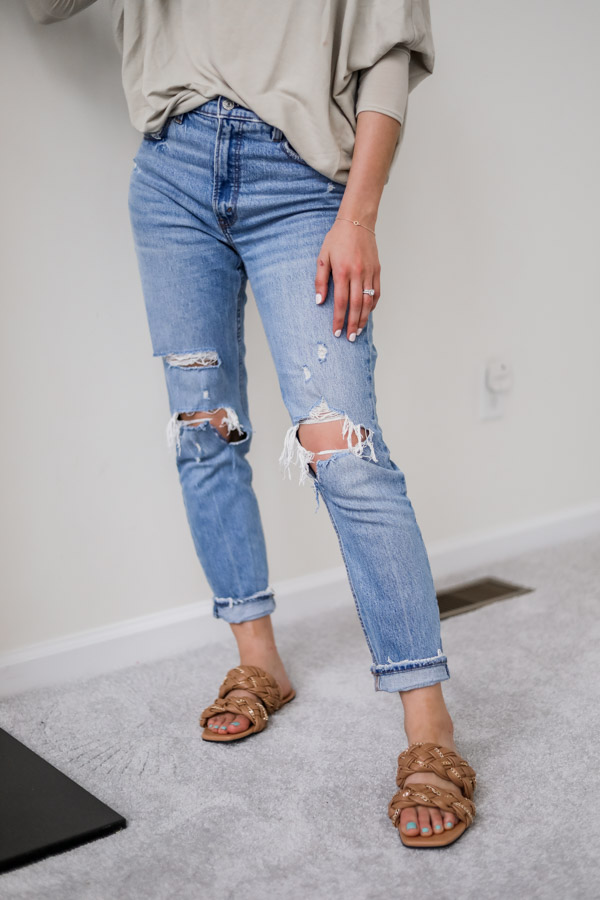 ABERCROMBIE MOM JEANS - Monthly Favorites on Coming Up Roses